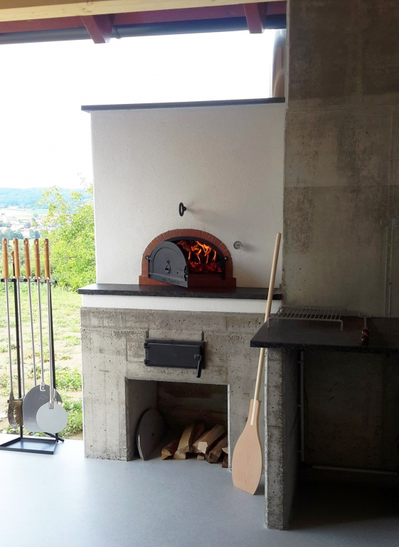 ivancsics-outdoorküche-pizzaofen-brotbackofen