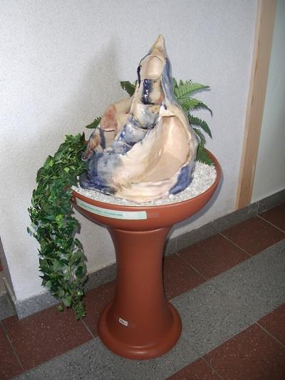 wohnkeramik_kachelofen_ivancsics_ollersdorf_Brunnen-hoch.jpg
