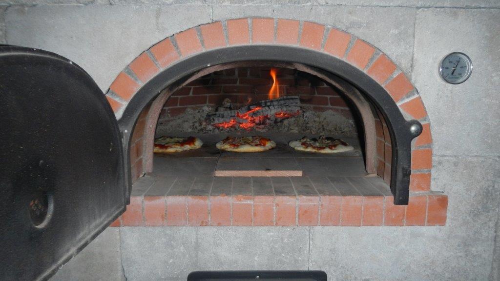 pizzaofen-kachelofen-ivancsics-burgenland-Ollersdorf.jpg
