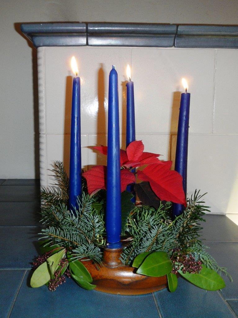 11-dezember-adventkranz-ivancsics-keramik-kachelofen