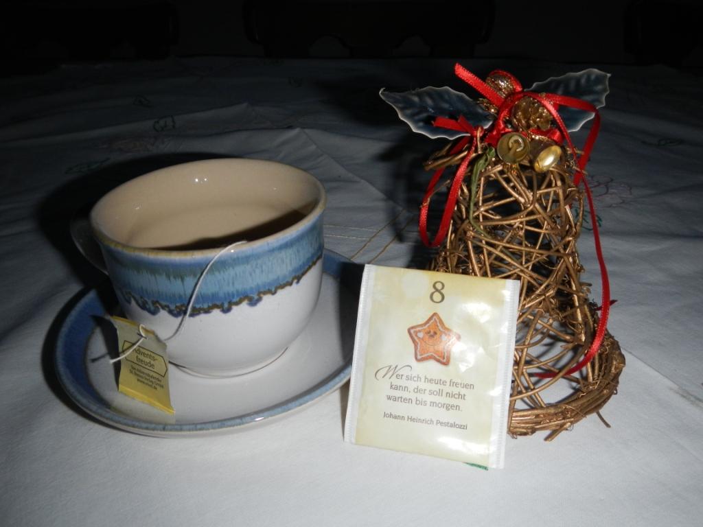 8-dezember-tasse-keramik-ivancsics